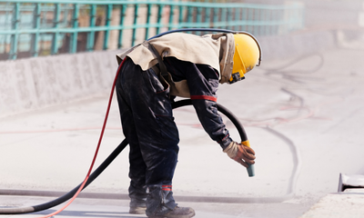 Your Quick Guide to Abrasive and Sponge Jet Blasting